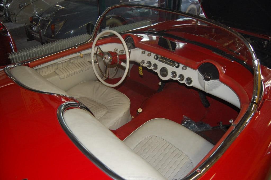 Chevrolet Corvette, 54